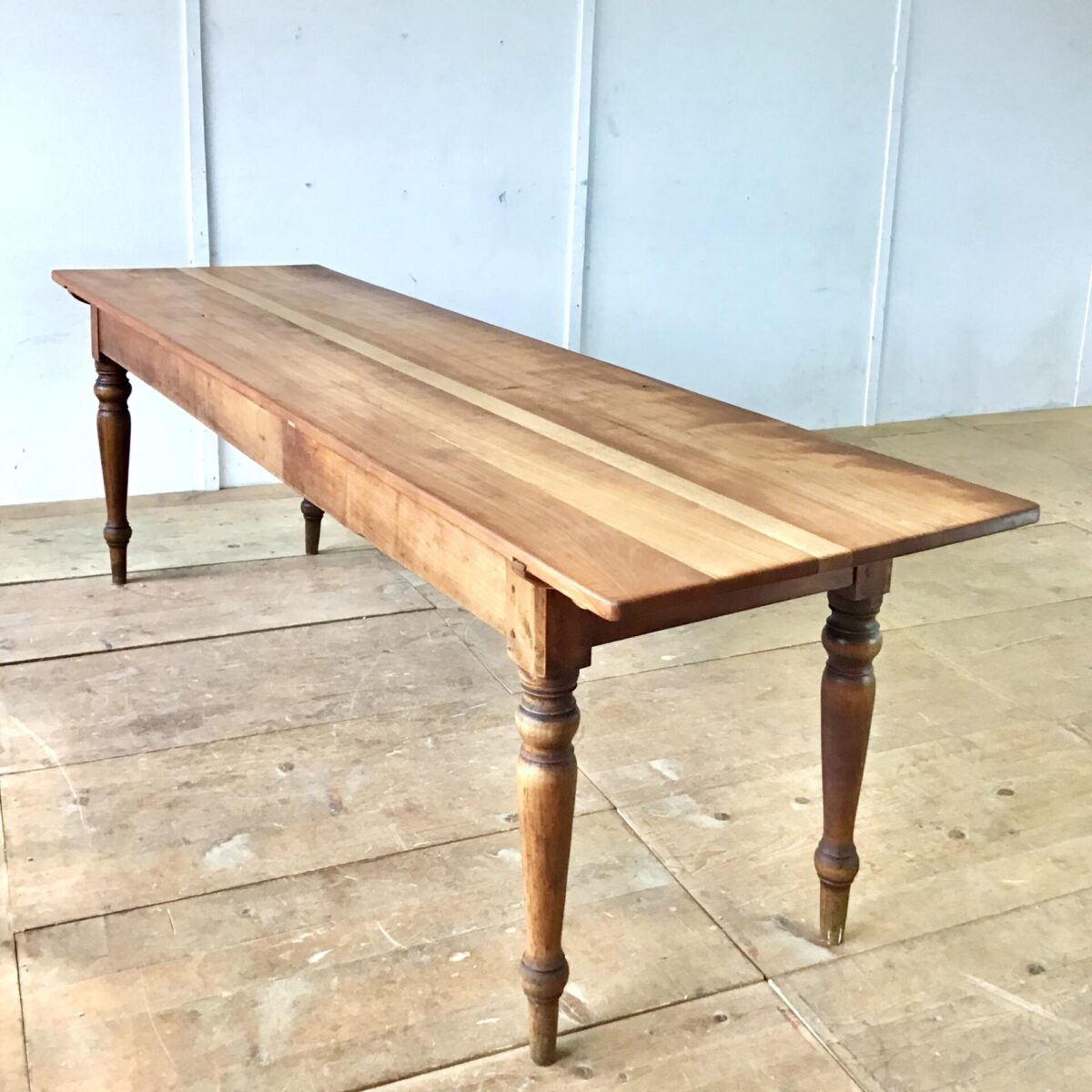 restaurierter Kirschbaum Tisch