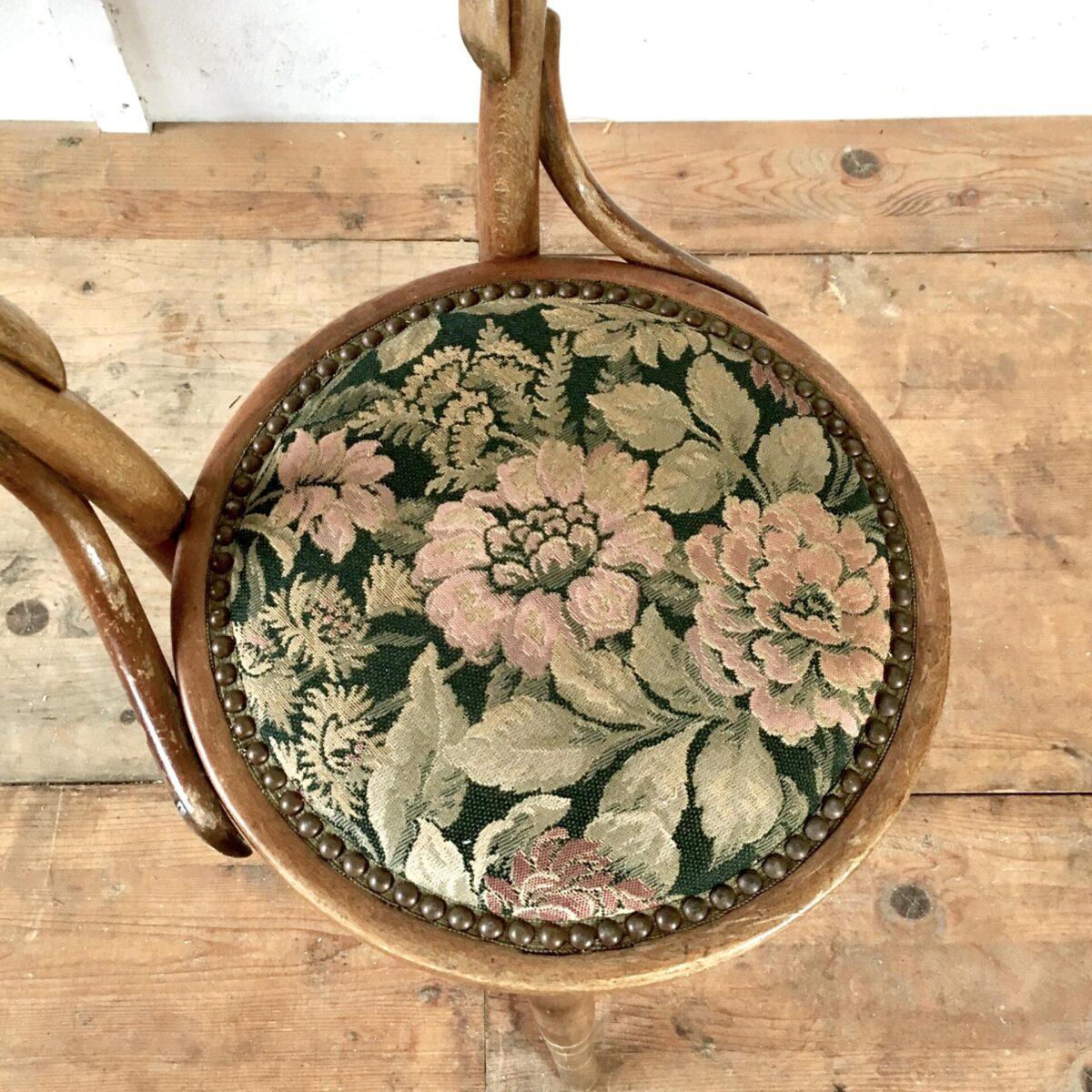 Horgenglarus Polster Stuhl mit Blumen Muster