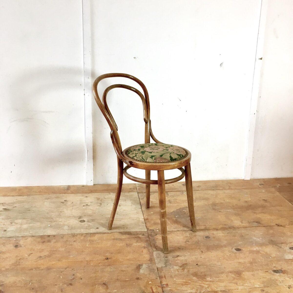 Horgenglarus Polster Stuhl mit Blumen Muster. Wienerstühle
