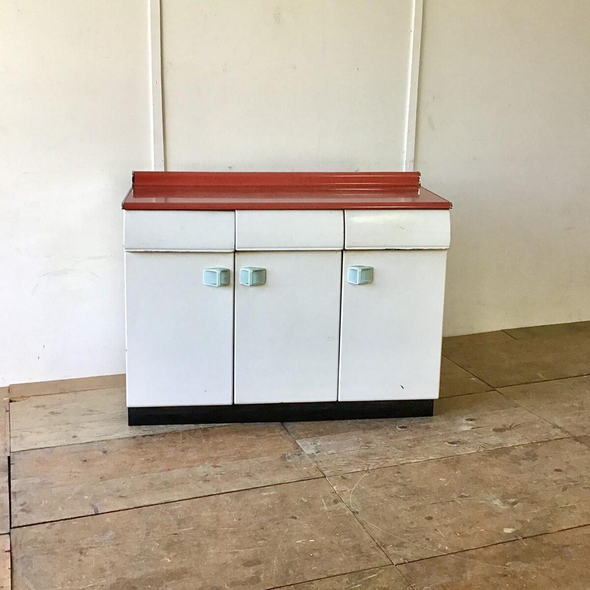 Vintage metall küchenmöbel. 121.5cm mal 47.5cm höhe 89cm. Arbeitstisch sideboard theke. Italienischer Küchenschrank mit Türe, Tablar und schubladen