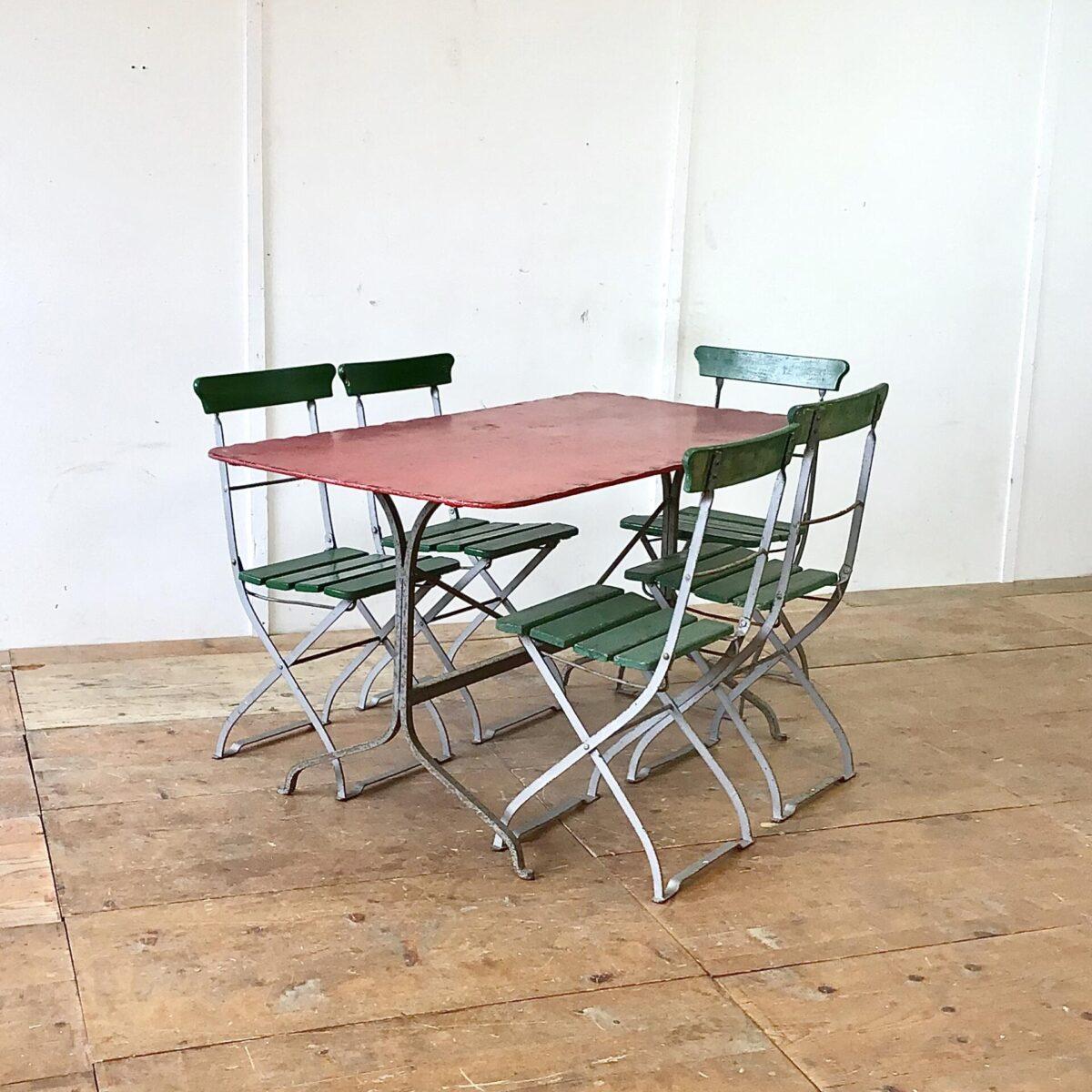 Deuxieme.shop metalltisch vintage Gartentisch Antiker Jugendstil Gartentisch 140x75cm Höhe 75cm. Dieser Metalltisch hat sichtbare Alterszeichen, keine Durchrostung.