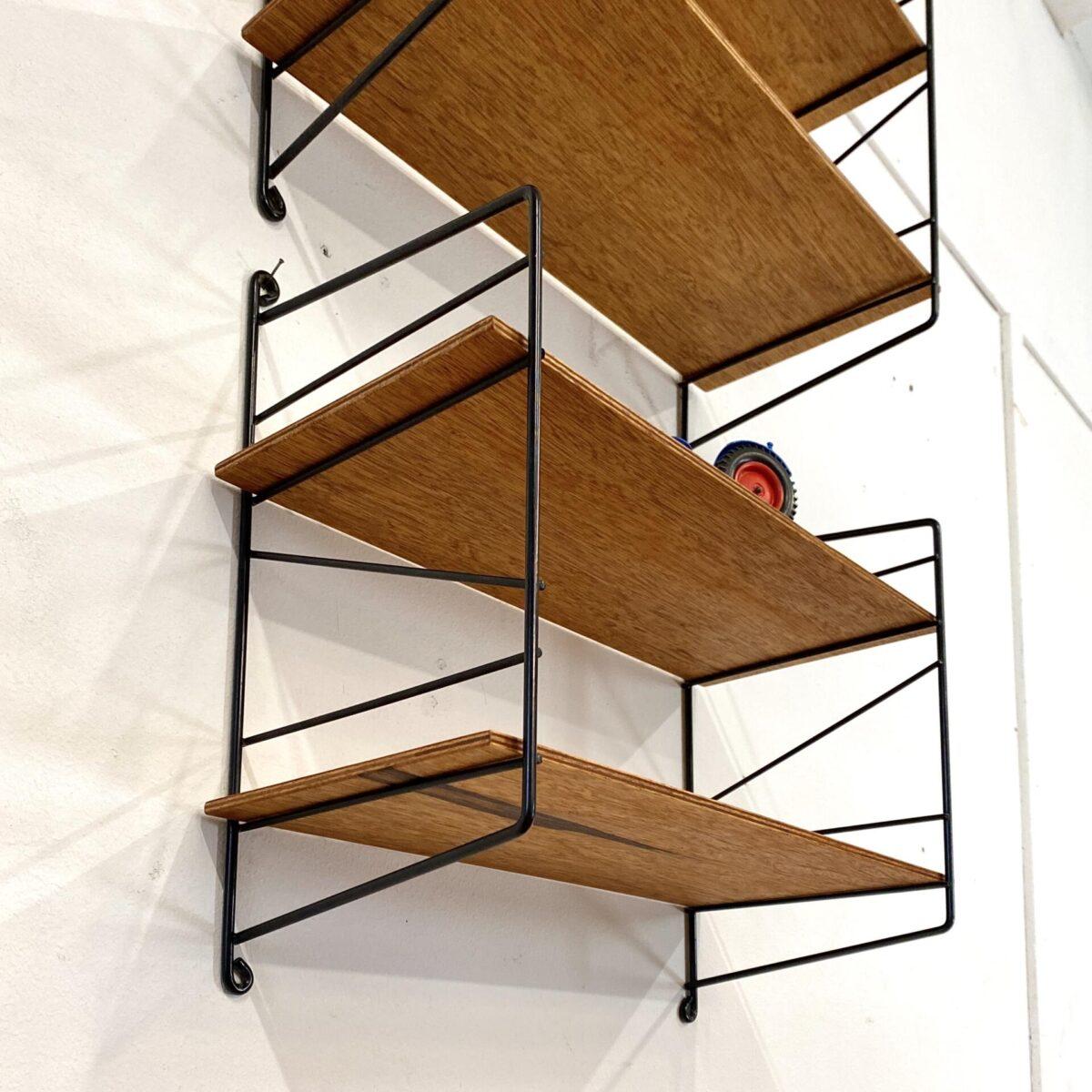 Deuxieme.shop midcentury string regal Teak. Stringregale. Höhe 35cm Breite 41cm Tiefe 19cm. Dekorative kleine Küchenregale, preis pro Stück.